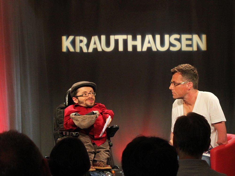 Talkgast Martin Fromme mit Raul Krauthausen